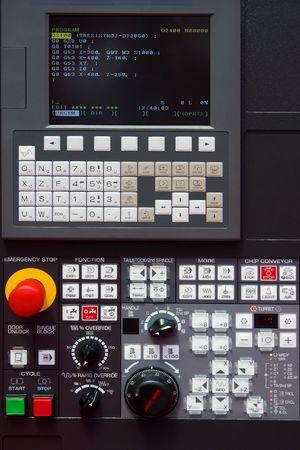 tablero de control: modernas m�quinas CNC panel de control  Foto de archivo