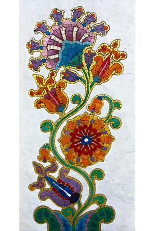 Eine schöne Blume Mosaik auf Grabstein in Belgrad, Serbien