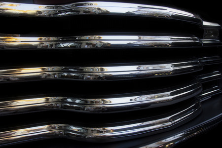 grille: Reflections on the chrome radiator grille