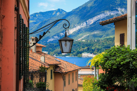 foreshortening: Bellagio: a view of Lake Como with lamppost