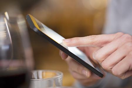 female smartphone pub texting sms fingers pub messgae e-mail photo