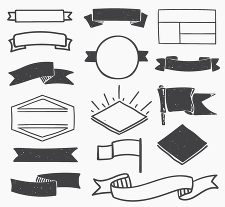 manos logo: Conjunto de dibujado a mano de época en blanco insignias, bordes, marcos y etiquetas. eps10 Vectores