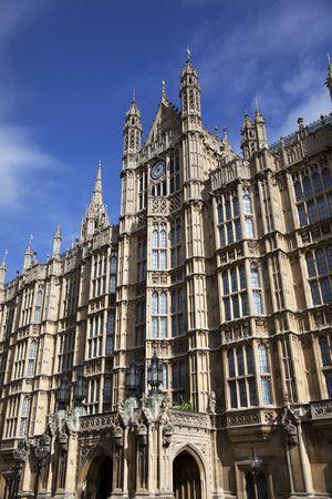 Vooraanzicht van de Houses of Parliament, Westminster Hall, Londen