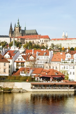 vltava: The Prague Castle overlooking the Vltava river, also known as Moldau river, Czech Republic.