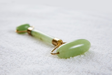 Jade roller tool for facial acupuncture massage