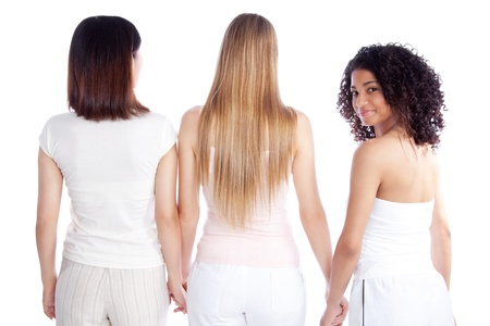 long shots: Gruppo multietnico di mano giovane in possesso di donna isolato su sfondo bianco