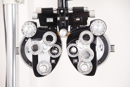 physical test: Close-up delle apparecchiature esame dell'occhio Archivio Fotografico