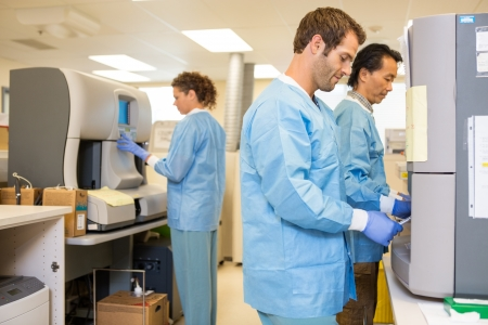 research facilities: Multiethnic researchers working in laboratory