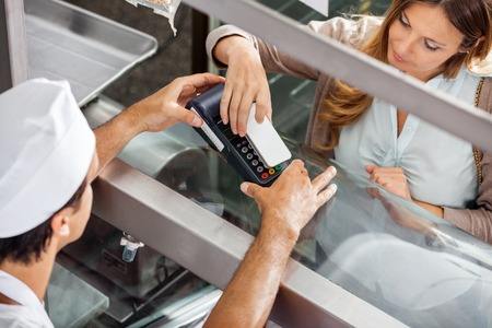 carnicer�a: Cliente pagar a trav�s del Smartphone En Carnicer�a