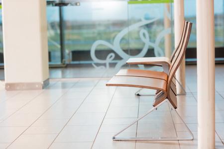 Empty Seats In Departure Lounge At Airport Foto de archivo