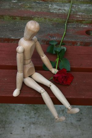 unloved: mannequin rejected by his loved one