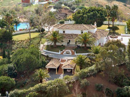 amongst: villa amongst the trees