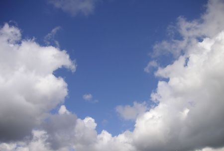 clouding: clouds in the bottom with blue sky above