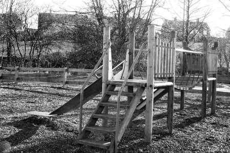 climbing frame: arrampicata cornice in bianco e nero