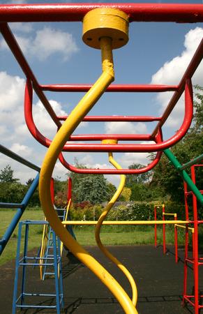 climbing frame: luminosi colorati arrampicata cornice prendere dalla fine mostrando le spirali Archivio Fotografico