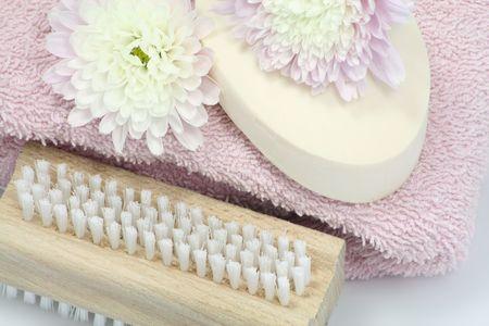art�culos de perfumer�a: disparo macro de flores y art�culos de tocador
