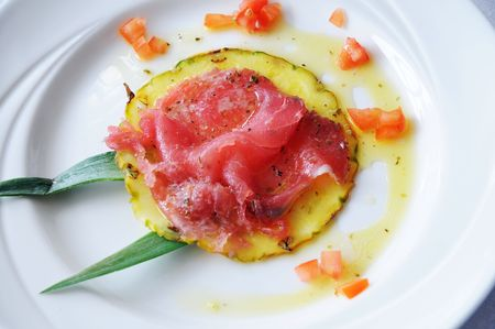 Thinly sliced tuna with pineapple dish