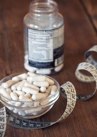 Magnesium: Nutritional supplements in capsules