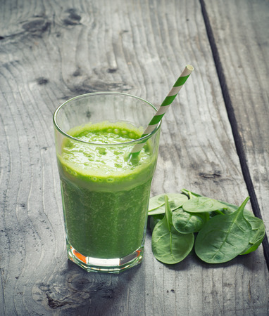 the juice: Spinach smoothie Stock Photo