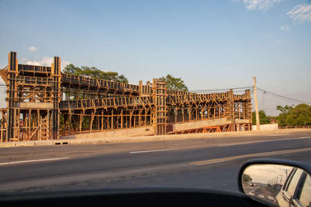 Works of the Growth Acceleration Program - PAC in southern Brazil. Engineering works. Construction of viaducts and walkways on a federal highway. Duplication of beltway. Banco de Imagens