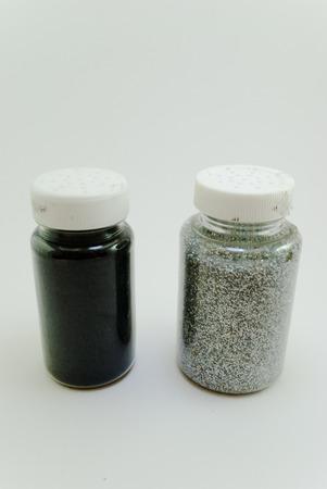 two bottles of glitter 版權商用圖片