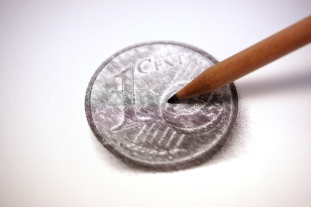 Painting the coin using a pencil