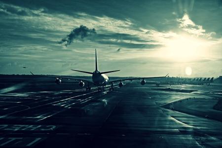 a plane on a runway Standard-Bild - 103529985