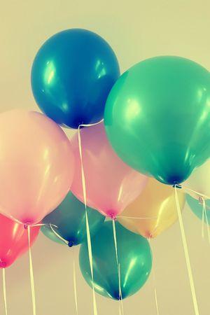 Retro balloons Standard-Bild - 101727523