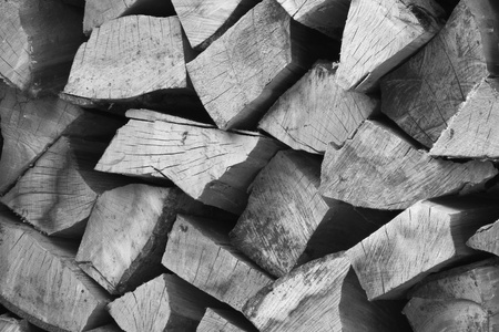 Firewood black and white Standard-Bild - 116295652