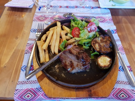 Eat good Standard-Bild - 116295708