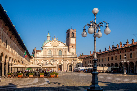 strives: Reinassance Ducale square in Vigevano, near Milan, Italy Editorial