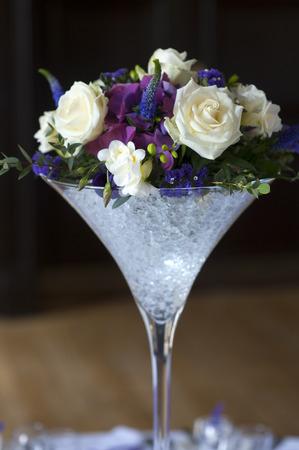 Centrepiece: wedding centrepiece flowers white and purple