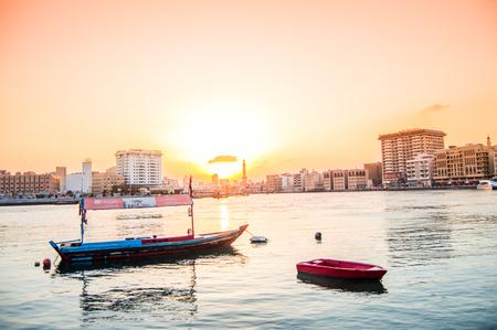 bur dubai: Traditional Arab boat - Dubai Creek Editorial