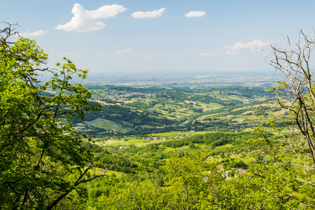 piacenza: Rolling Hills of the Apennine Mountains, Piacenza, Italy.