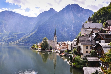 austrian village: Hallstatt See Lake in Austria