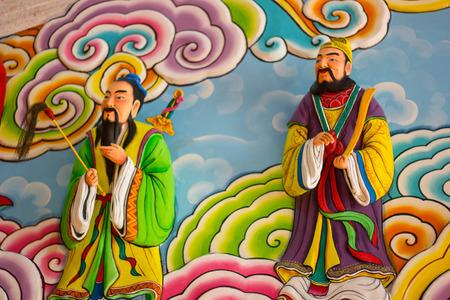 chinese wall: Colorful cinese pittura su muro cinese Archivio Fotografico