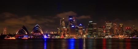 australie landschap: SYDNEY, NSW Australië-december 2009 Panorama van de haven van Sydney Redactioneel