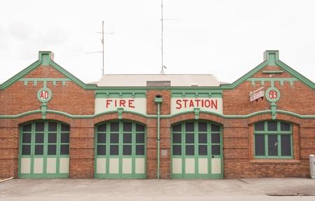 estacion de bomberos: Estaci�n de bomberos Retro Foto de archivo