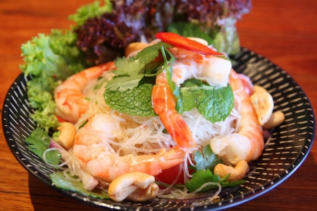 Sour   spicy vermicelli salad with prawn  photo