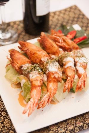 Deep fried prawn with Thai curry