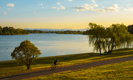 Canberra: Lake in Canberra