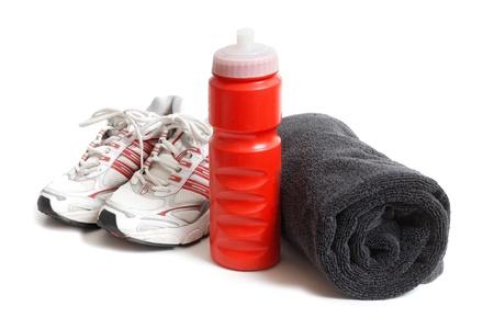 towel: Zapatos de entrenamiento y fitness Foto de archivo