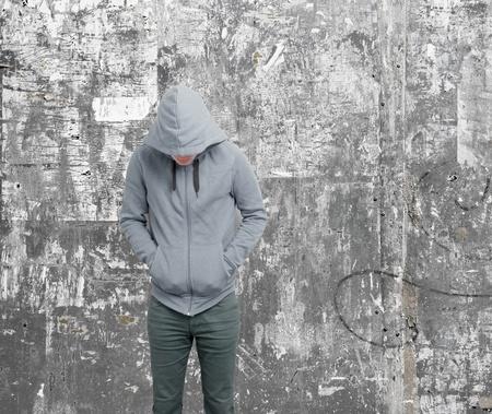 sweatshirt: Dodgy Kerl mit hoodie