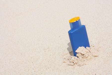 Sun lotion photo