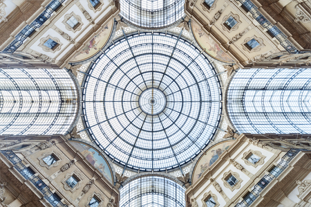 Glass dome of Galleria Vittorio Emanuele in Milan, Italy 스톡 콘텐츠