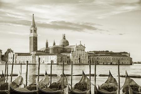 Gondola floating in Grand Canal, Venice, Italy Stockfoto