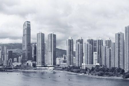 Panorama of harbor and skyline of Hong Kong city Stockfoto