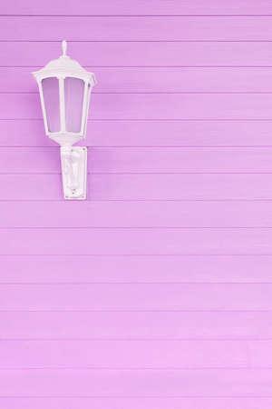 Street light on wooden wall 스톡 콘텐츠