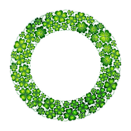 Doodle green hand draw clover lucky shamrock circle wreath Saint Patrick's Day vector line art isolated Vectores