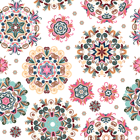 Floral seamless pattern with stylized snowflakes. Vettoriali